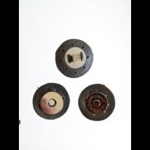 3 cm átmérővel rendelkező, felvarrható, mágneses patentos táskazár - ezüst -