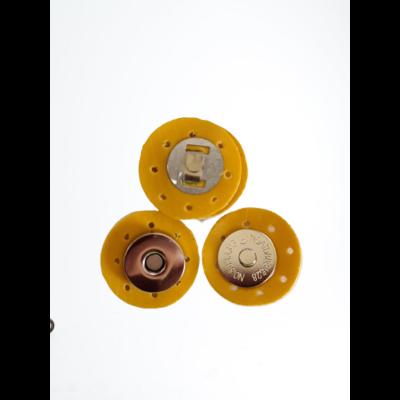 3 cm átmérővel rendelkező, felvarrható, mágneses patentos táskazár - okker sárga -